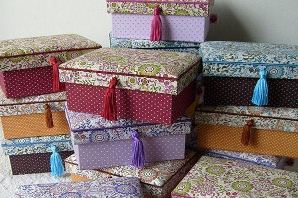Cómo decorar cajas de cartón